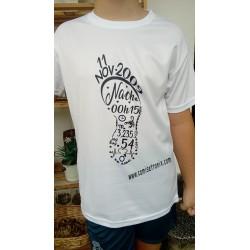 Camiseta PIE DE BEBÉ personalizada con los datos del nacimiento Huella pié