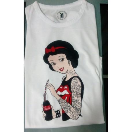 Camiseta Blancanieves Tatuada molona por 9€